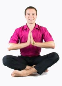 Инструктор йоги в Москве Игорь Терновский